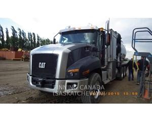 Caterpillar CT660L Day Cab Truck