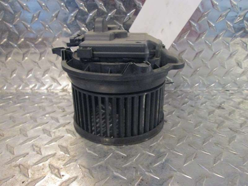 2014 used freightliner cascadia blower motor for sale. Black Bedroom Furniture Sets. Home Design Ideas