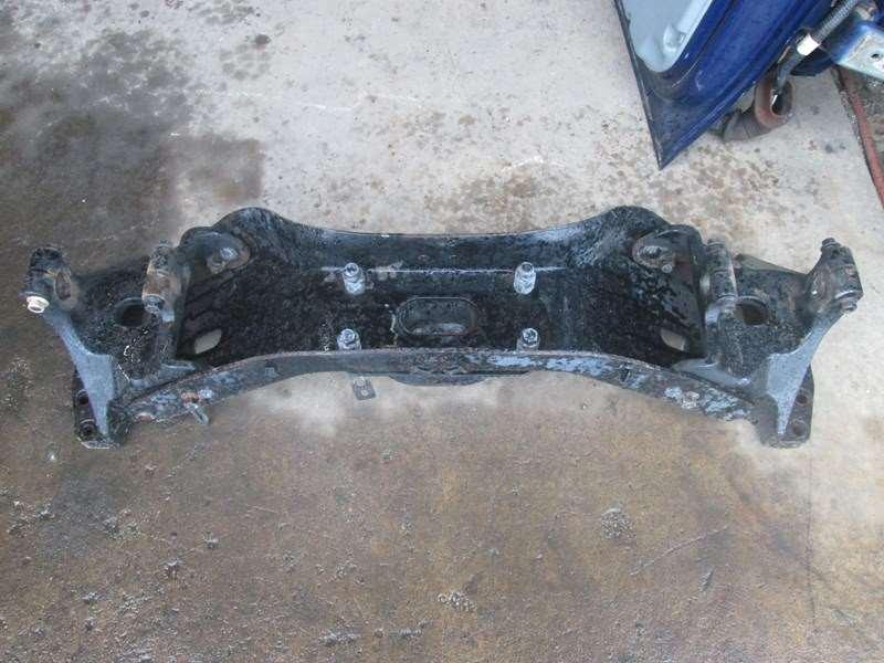 Used Volvo VNL Front Engine Crossmember For Sale | Dorr ...