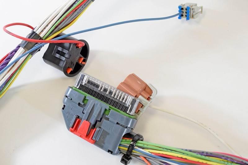 Wire Harnes Hardware