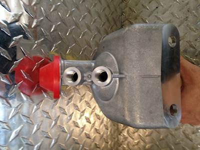 new freightliner fuel filter housing