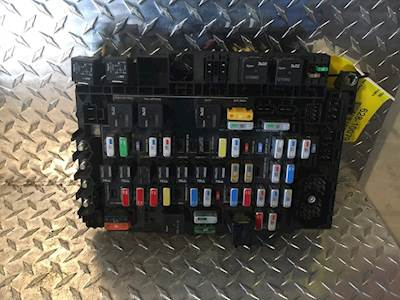 used freightliner century class fuse panel