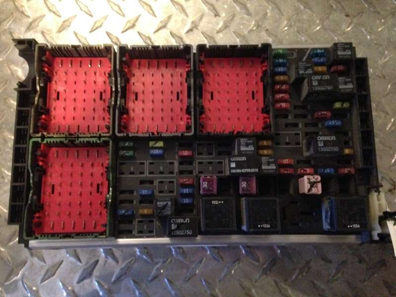 Fuse Boxes Panels Kenworth T680 9344194 2015 used kenworth t680 fuse panel for sale wyoming, mi 628 fuse box in kenworth t680 at honlapkeszites.co