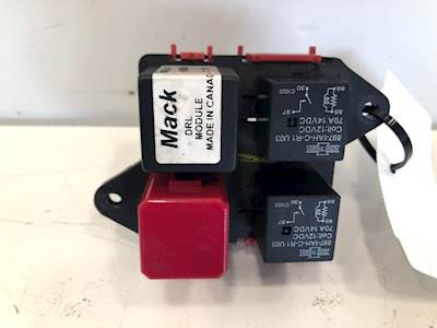 Mack Fuse Boxes Panels Cxu Vision Cx613 Anthem And More Mylittlesalesman Com