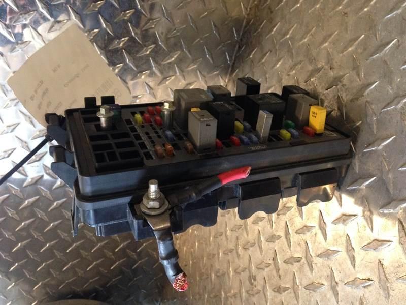 2013 Used Mack Pinnacle Fuse Panel For Sale