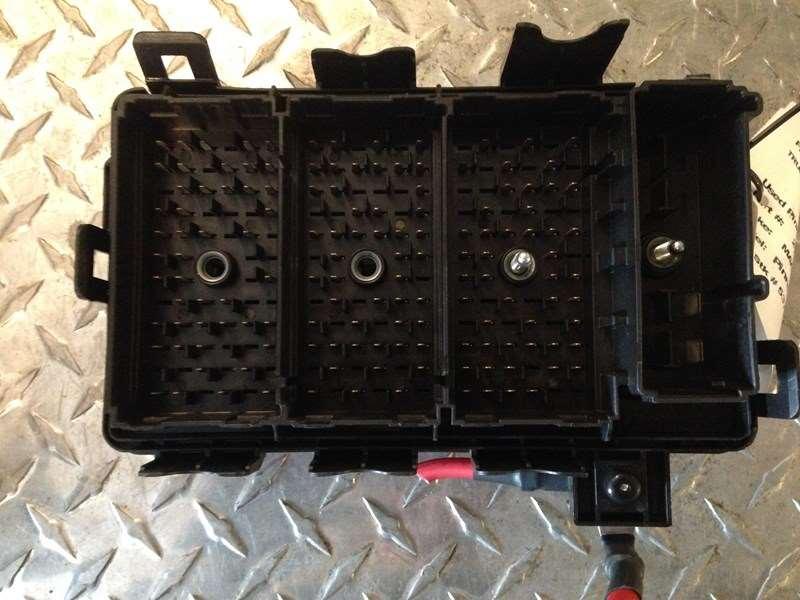 Fuse Boxes Panels Mack Pinnacle 9491576 2013 used mack pinnacle fuse panel for sale wyoming, mi 21734422