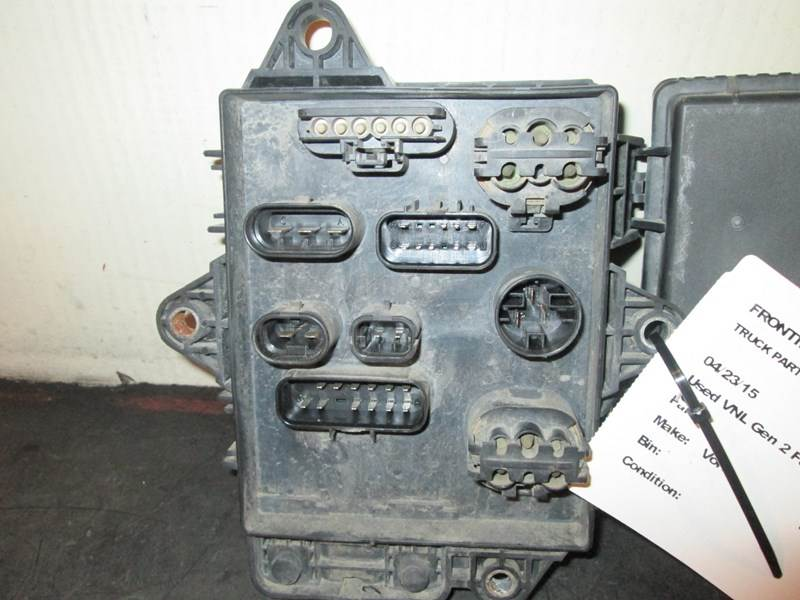 2011 Used Volvo Vnl Gen 2 Fuse Panel For Sale