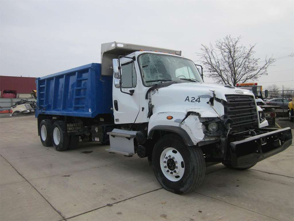 2016 freightliner 114sd heavy duty dump truck for sale 38 416 miles wyoming mi 56553. Black Bedroom Furniture Sets. Home Design Ideas