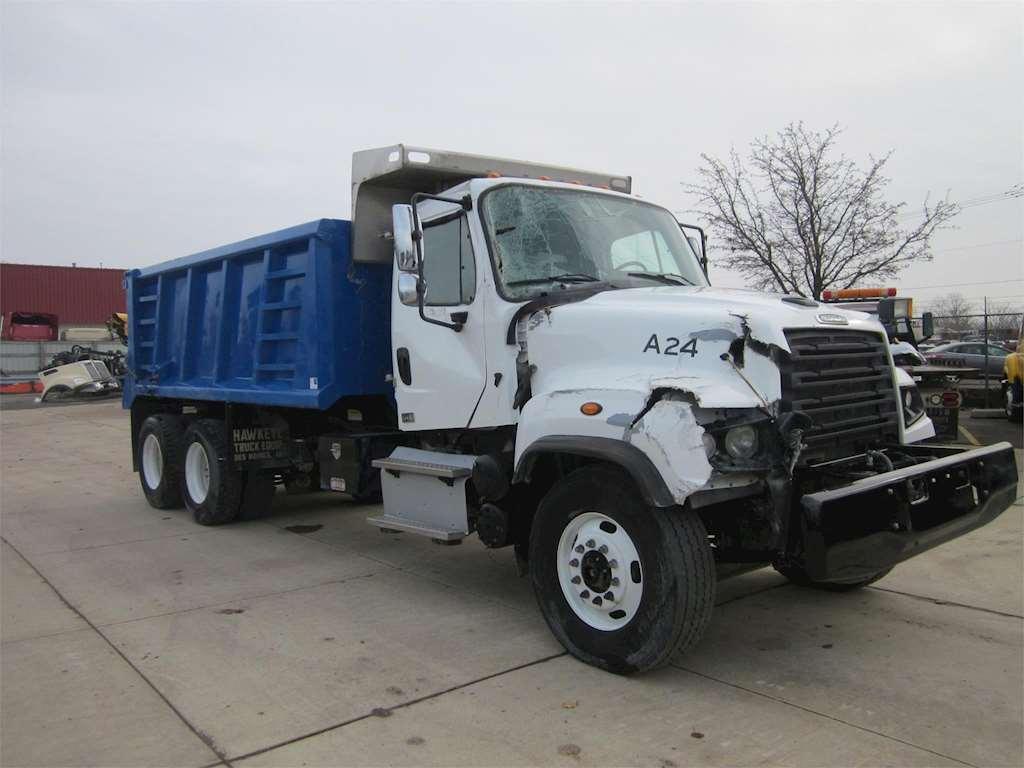 2016 freightliner 114sd heavy duty dump truck for sale 38 416 miles wyoming mi 56553. Black Bedroom Furniture Sets. Home Design Ideas