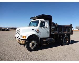 International 4900 Heavy Duty Dump Truck