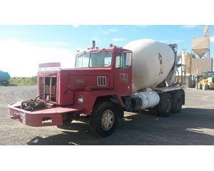 International 5000 Mixer / Ready Mix / Concrete Truck