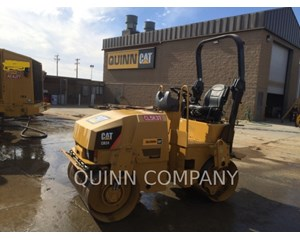 Caterpillar CB24 Asphalt Distributor