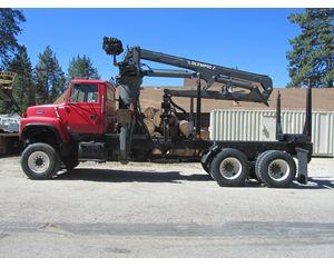 Ford L-8000 6X6 Logging Truck