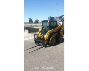 Caterpillar 236D AC Skid Steer Loader