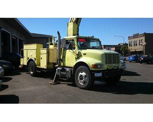 International Trucks 4900 Bucket / Boom Truck