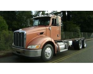 Peterbilt 384 Heavy Duty Cab & Chassis Truck