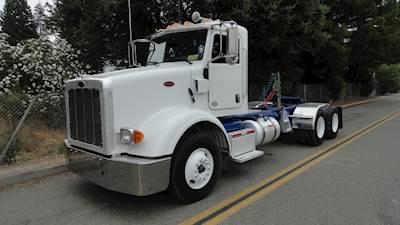 Peterbilt 367 Sleeper Semi Truck - Cummins ISX15, 485HP