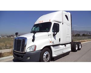 Freightliner CA11342DC - CASCADIA Day Cab Truck