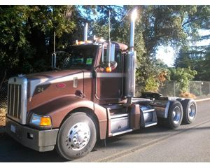 Peterbilt 385 Day Cab Truck