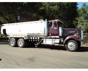 Western Star 4900FA Fuel / Lube Truck
