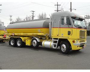 Freightliner ARGOSY Gasoline / Fuel Truck