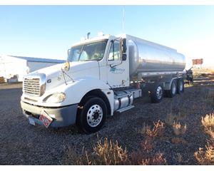 Freightliner COLUMBIA 120 Gasoline / Fuel Truck