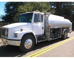 Freightliner FL70 Gasoline / Fuel Truck