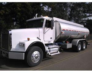 Freightliner FLD120 Gasoline / Fuel Truck