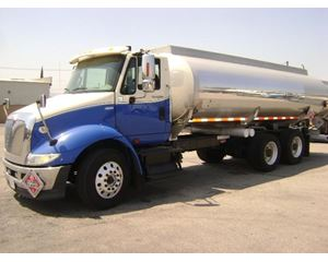 International 8600 Gasoline / Fuel Truck