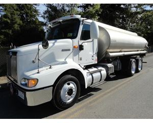 International 9200 Gasoline / Fuel Truck
