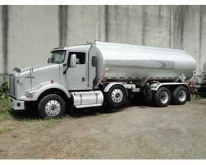 Kenworth T800 Gasoline / Fuel Truck