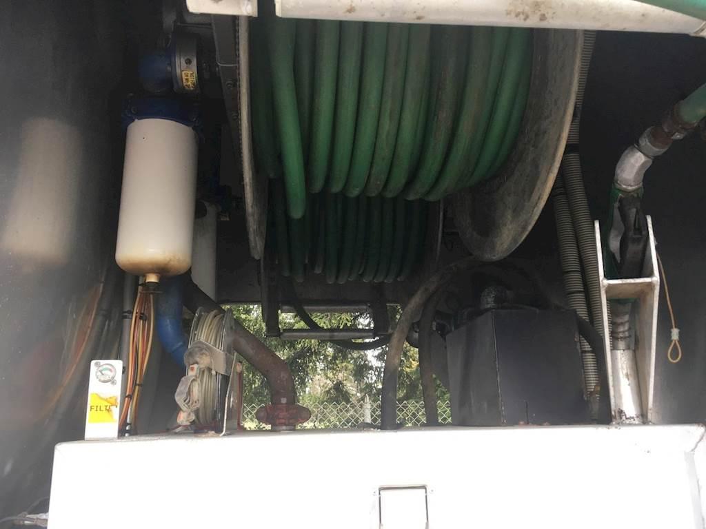 2013 Mack Granite GU433 Tandem Axle Gasoline / Fuel Truck, Cummins