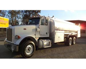 Peterbilt 367 Gasoline / Fuel Truck