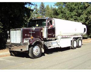 Western Star 4900 Gasoline / Fuel Truck