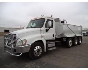Freightliner 108SD Heavy Duty Dump Truck