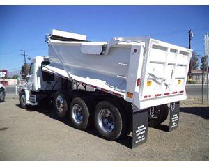 Freightliner 114SD Heavy Duty Dump Truck