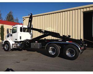 Peterbilt 567 Hooklift Truck