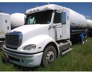 Freightliner COLUMBIA 112 LPG Tank Truck