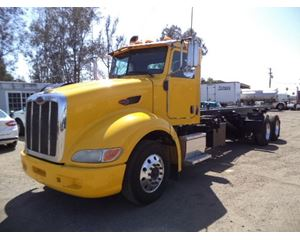 Peterbilt 386 Roll-Off Truck