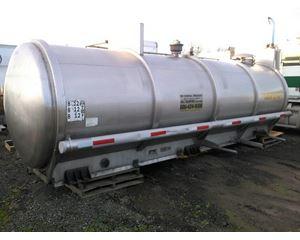 Sunshine 2800 GAL Vacuum Truck