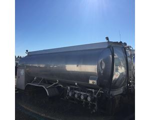 YOUNGS TANK A879 Vacuum Truck