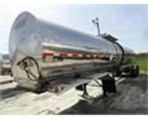 Brenner 7000 GAL., 1 COMPT., 2-AXLE SEMI TANK TRAILER Waste / Sludge Tank Trailer