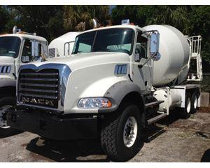 Mack GU813E Mixer / Ready Mix / Concrete Truck