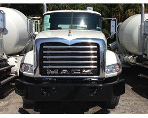 Mack GU813E Mixer / Ready Mix / Concrete Truck