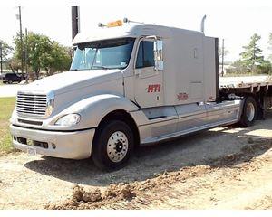 Freightliner CL11242S-COLUMBIA 112 Sleeper Truck