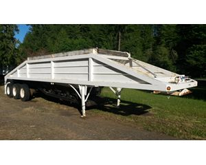 Loadmaster Tri Axle Bottom Dump Semi Trailer