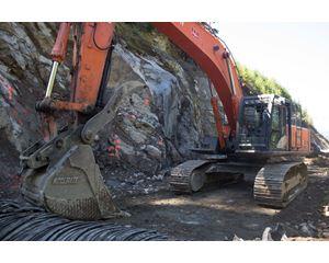 Hitachi ZAXIS 470 Excavator