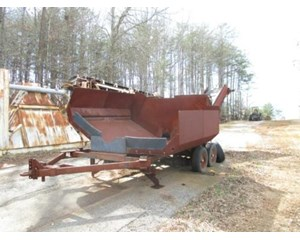 Custom Built  Asphalt Transfer Hopper- Auger