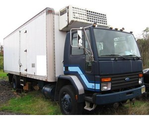 Ford CF7000 24