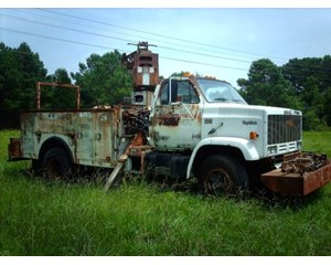 GMC 7000  Bucket Truck